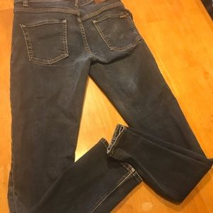 VOLCOM, Women's distressed  skinny jeans